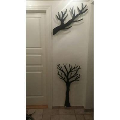 TøjTræ til børn og grenen til de voksne