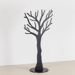 Smykketræ i sort.