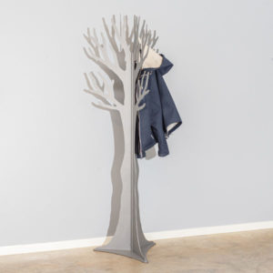 Koksgrå stumtjener med jakke